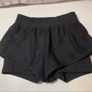 Lululemon Women's two layer shorts 2 black HTF